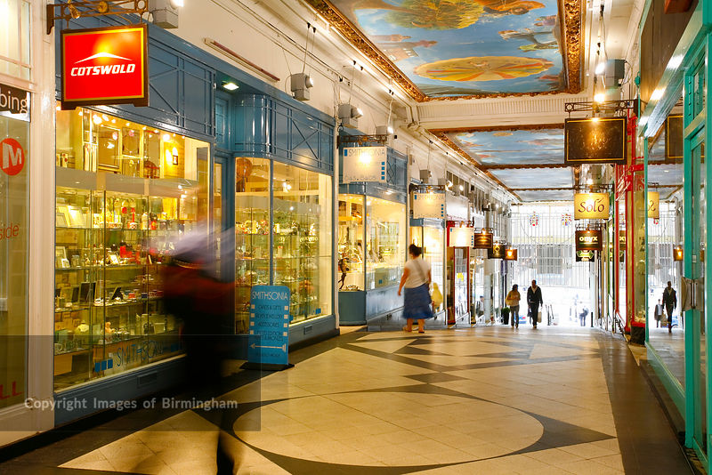 Beautiful shopping oasis of walkways & cascading fountains! Named BEST OUTLET MALL by Alabama Magazine. 75+ leading & designer brands including Polo Ralph Lauren Factory Store, FOSSIL, Banana Republic Factory Store & Nike Factory Store. Food Court. Free Wi-Fi. Minutes from downtown Birmingham. Exit off I Before your trip, download the all new Grand Rewards app on your.