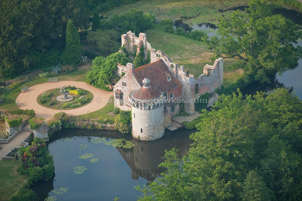 Scotney Castle - Wikipedia