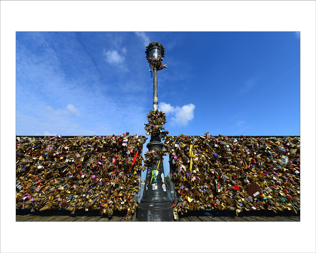 Alfred yaghobzadeh photography love locks or cadenas d for Photography prints for sale