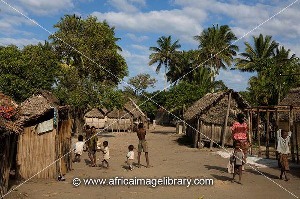 Taolagnaro Madagascar  city photos gallery : ... near Taolagnaro Fort Dauphin , Madagascar | The Africa Image Library