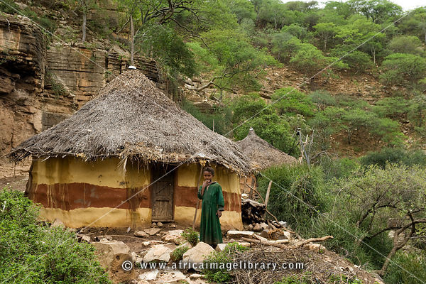 Photos And Pictures Of Hut Outside Sof Omar Cave Ethiopia The Africa Image Library