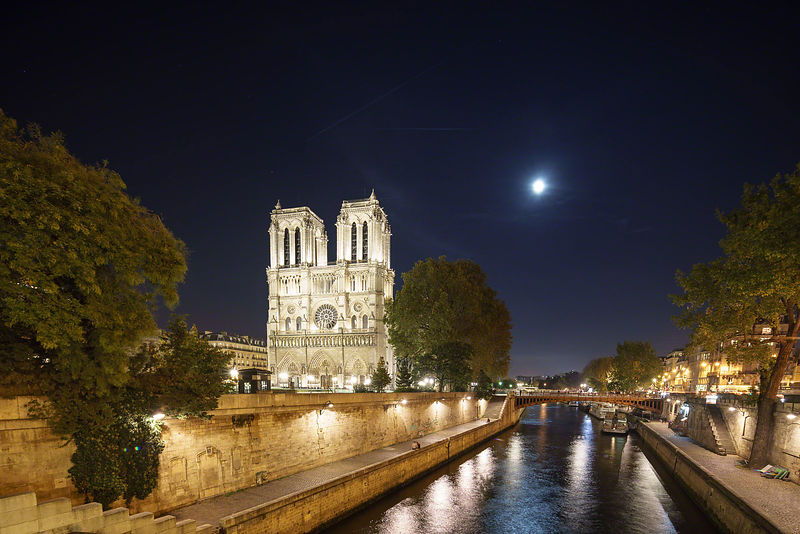 Paris-Massimo-Cristaldi-20151025-203526ILCE-7R-Edit