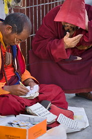 Ganzi fortuneteller