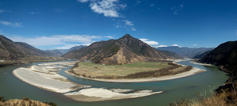 Yangtse River First Bend