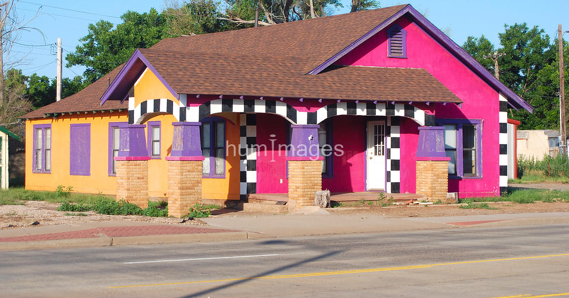 Colorful House hum images | unique colorful house in childress, texas