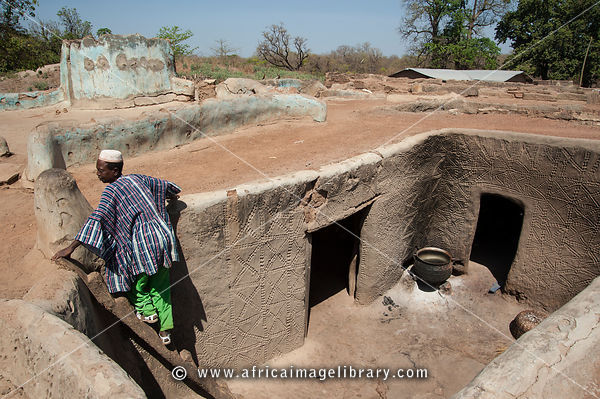 3 furthermore Mauritania moreover File Mud and thatch house in addition Top 10 Most Expensive Homes Of Footballers An African Footballers Home Tops The List further The Volunteer House In Kathmandu. on homes in ghana