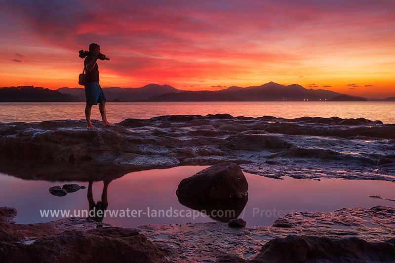 picture of a photographer on a beach of Mayotte island