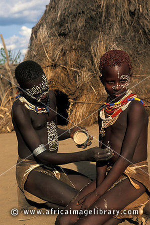 Photos and pictures of karo girls the karo are known for for African body decoration