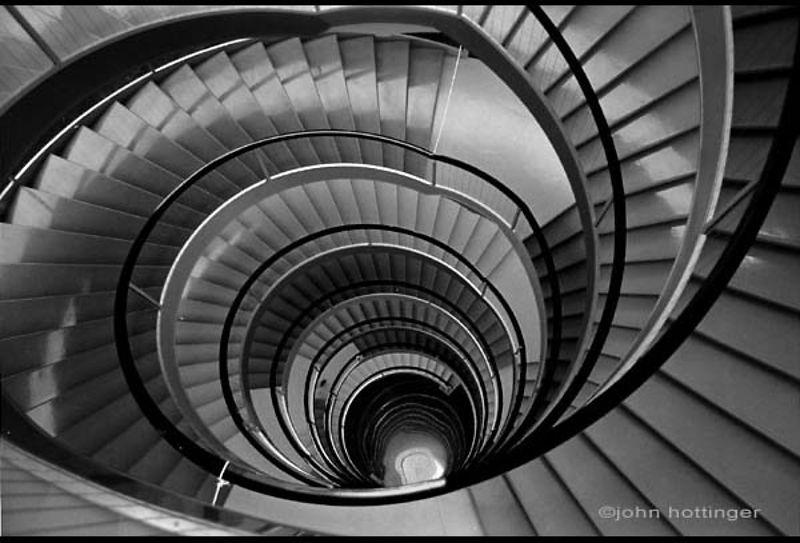 John hottinger photographe architecture friches for Architecture noir et blanc