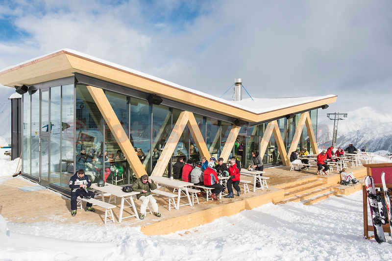 Fotoswiss Pressphotography Pressefotos Audi Quattro Bar Auf Corviglia In St Moritz