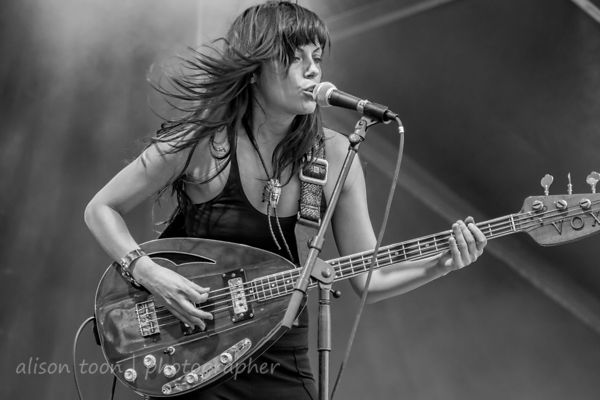 The Last Internationale announce they're joining tour with Scott Weiland and the Wildabouts. That'll be fun.