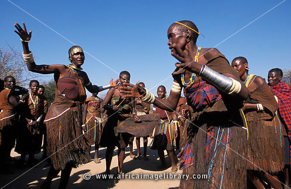 Photos And Pictures Of Barabaig Women Dancing At A Wedding Celebration Central Rift Valley