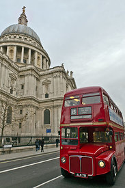 St Paul's and London bus