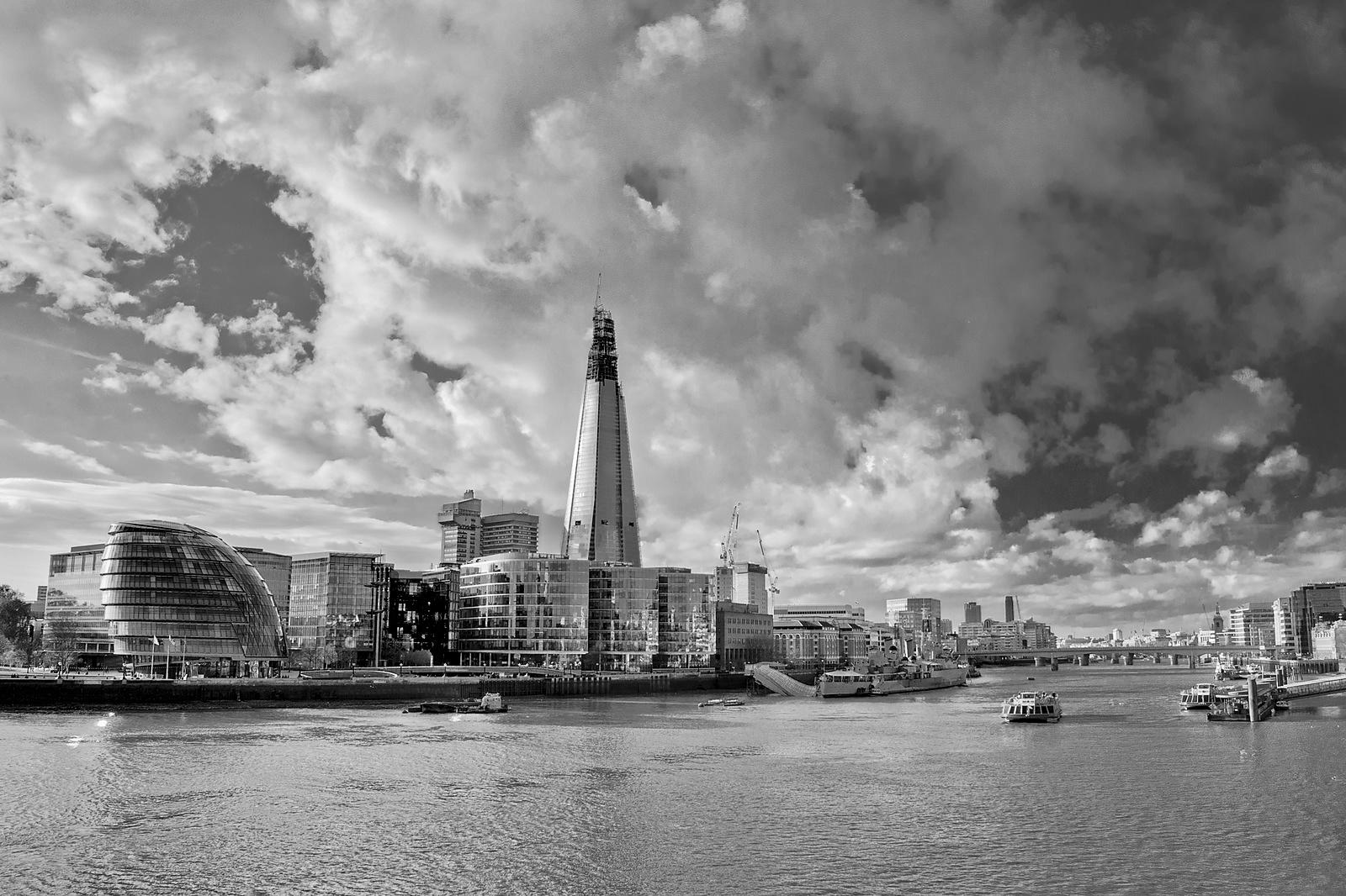Thames view with Shard BW
