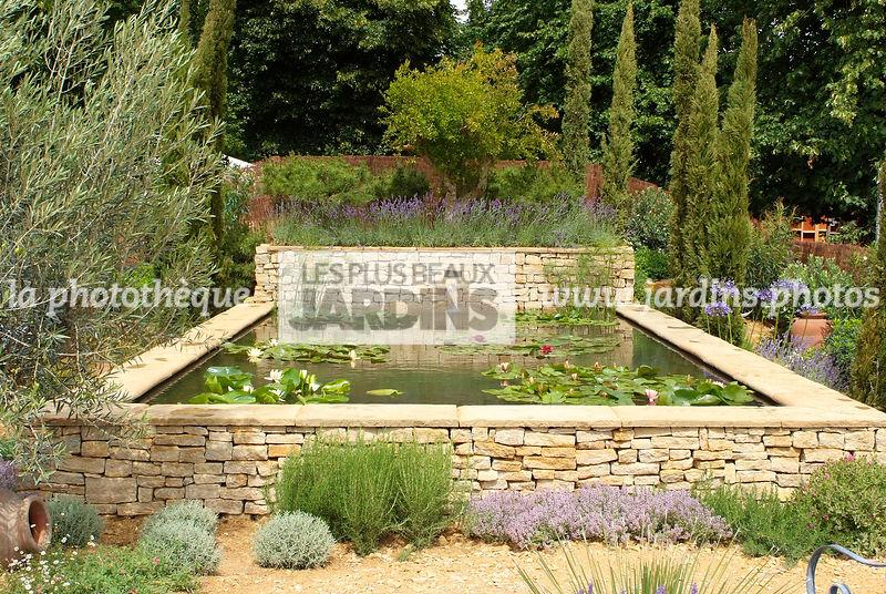 La phototh que les plus beaux jardins jardin - Bassin de jardin rectangulaire ...