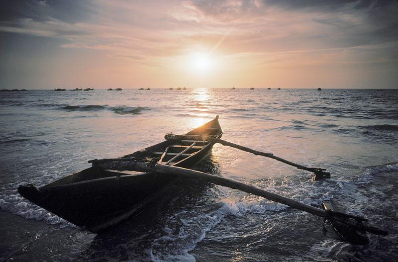 Michael Freeman Photography | Boat on beach