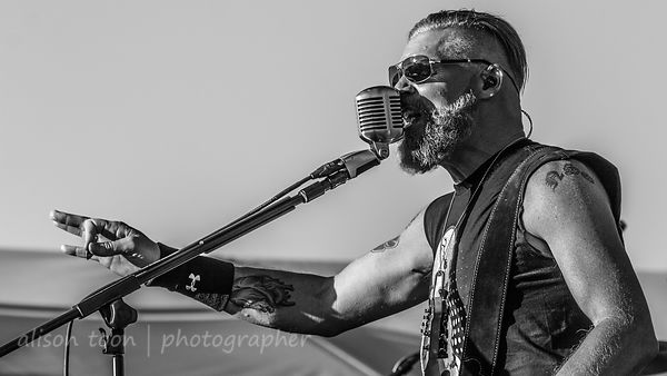 Some Fear None at Thunder Valley, with Oleander and Papa Roach: photos!