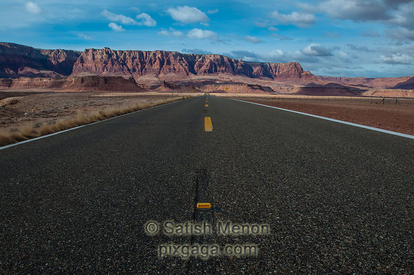 Road and hills, Marble Canyon, Arizona, USA