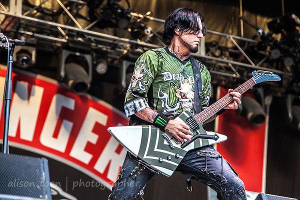 Jason Hook of Five Finger Death Punch, Aftershock 2014