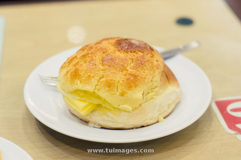 Stock images hong kong food pineapple bun stock photos for Cuisine x hong kong