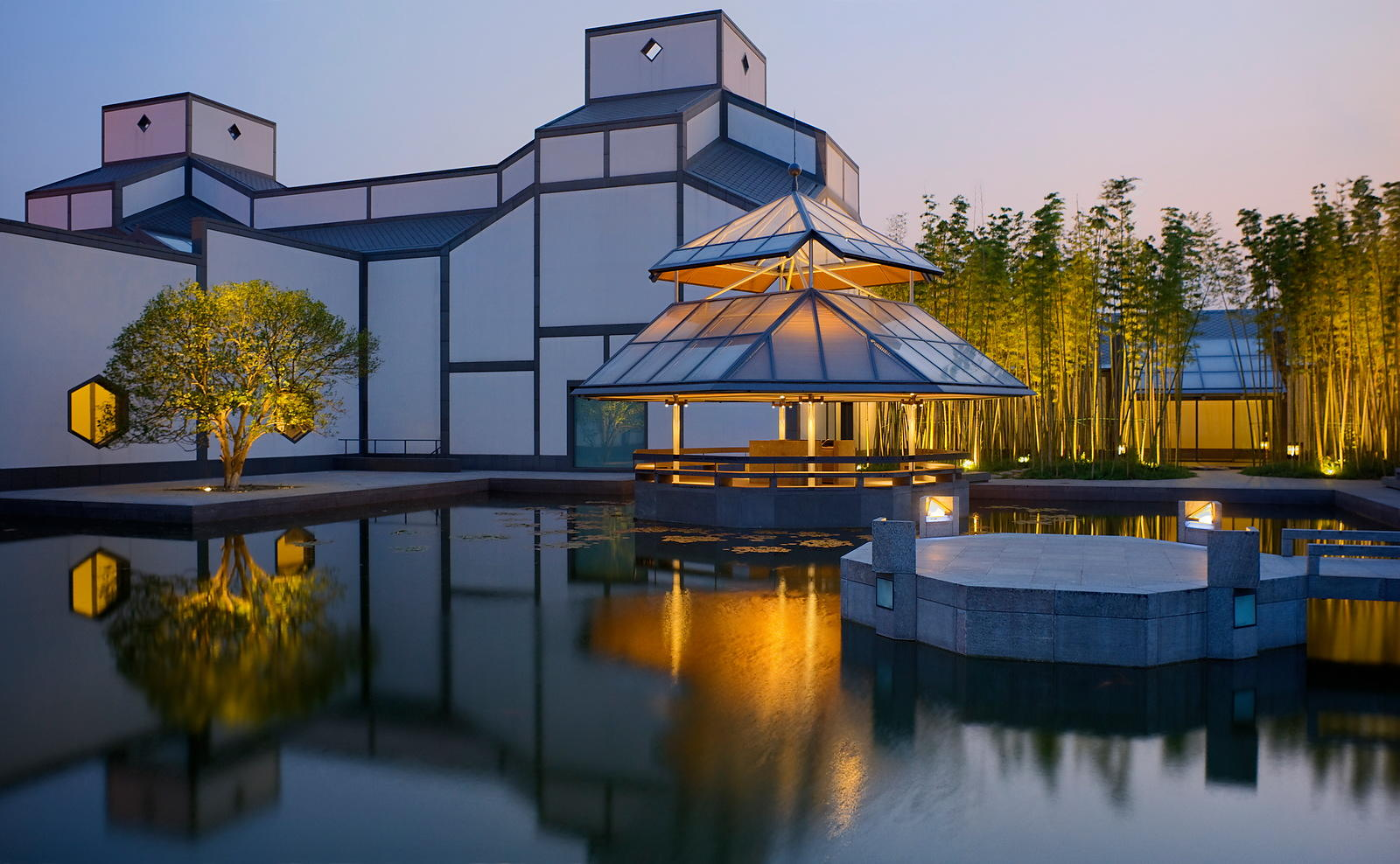 Ioh Ming Pei, Exterior of the Suzhou museum