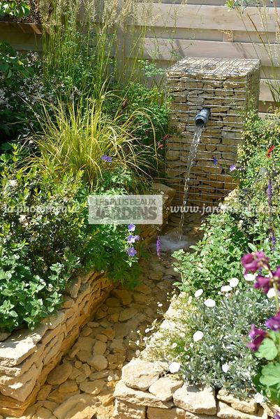 Point D Eau Jardin la photothèque | les plus beaux jardins | gabion avec fontaine